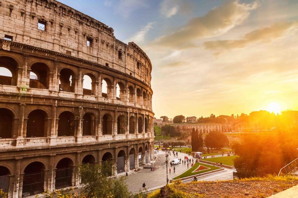Pôr do sol no Coliseu