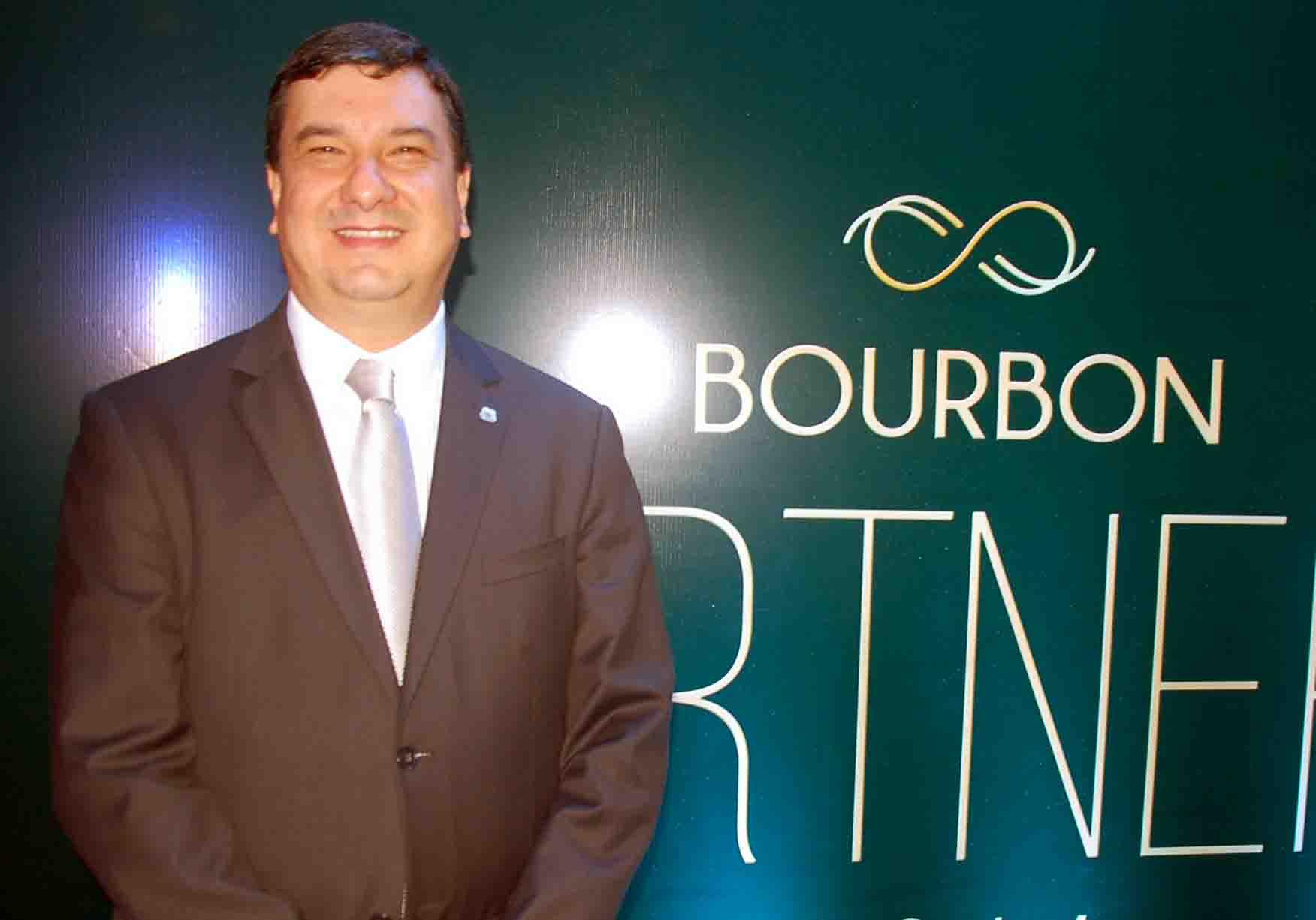 Jeferson Munhoz, diretor de Vendas da Rede Bourbon (Divulgação)