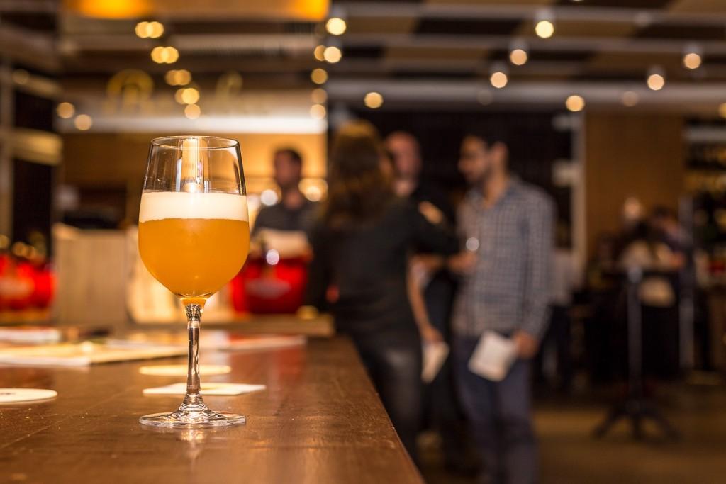 Confraria Radisson Faria Lima encerra 2015 com cervejas para as Festas de Fim de Ano (Divulgação)
