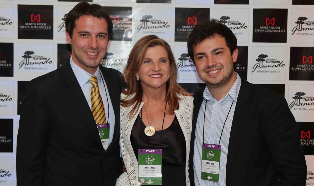 Eduardo Zorzanello, Marta e Marcus Rossi, do Festuris Gramado