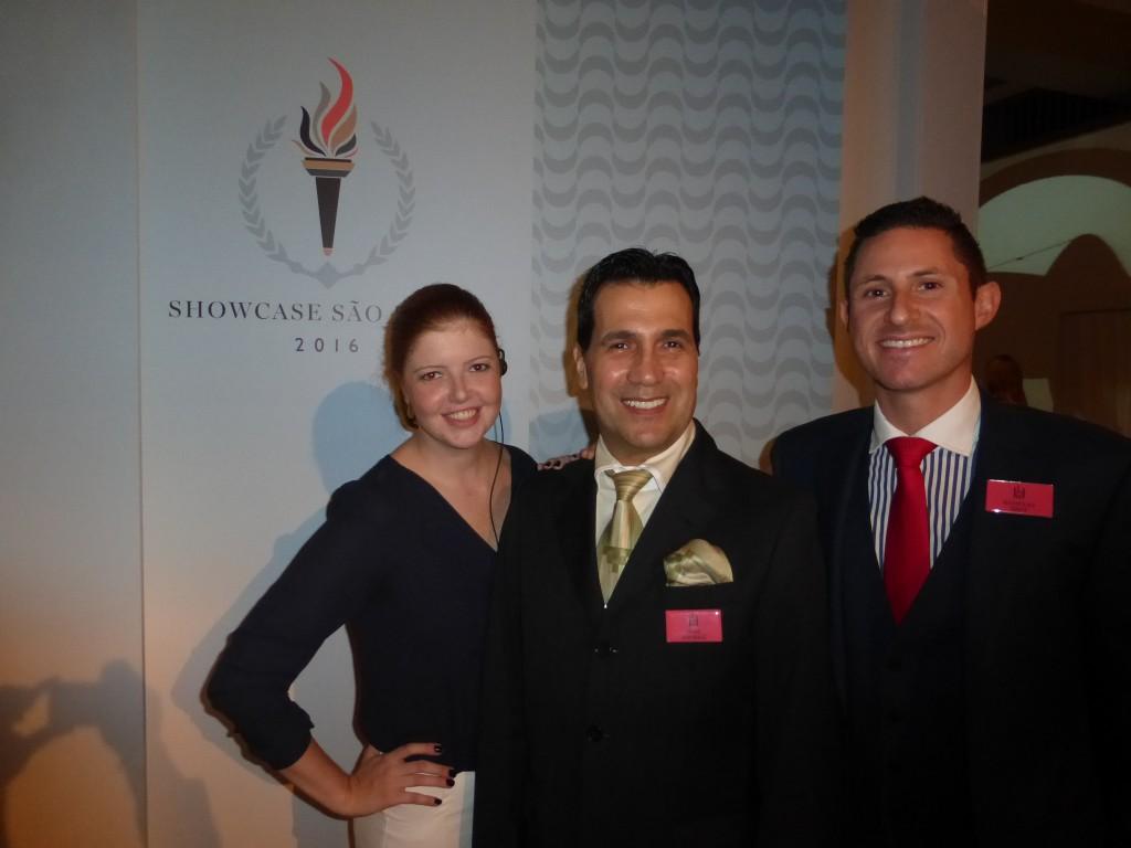 Sheila Mueller (Relações Públicas e Comunicações), o CEO Brasil João Annibale e Nicholas Davis (Vendas), todos da Leading Hotels, durante o evento ontem em São Paulo