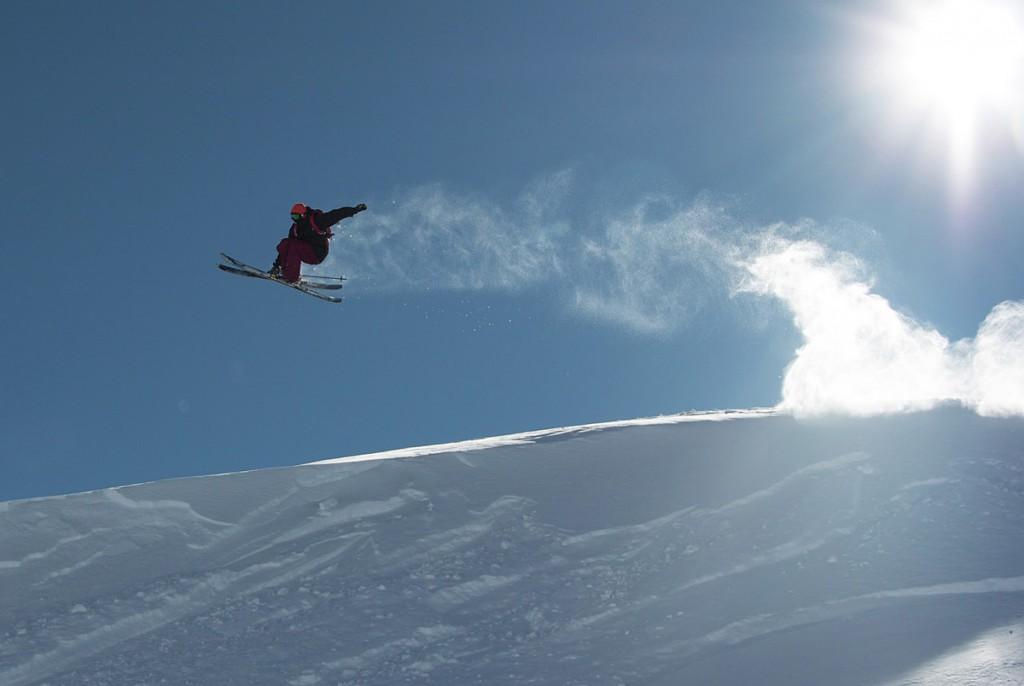 Praticante de snowboard em uma das pistas (fotos divulgação/Valle Nevado)