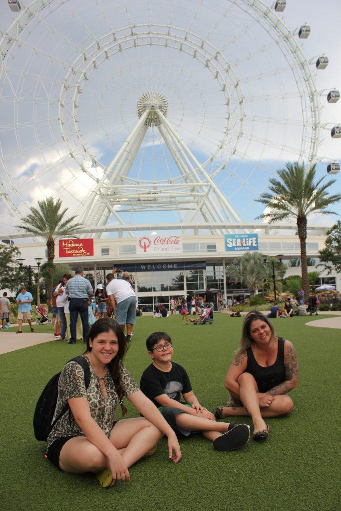 Giulia, Rafael e Cristiane. Tempo de descanso e curtição em família