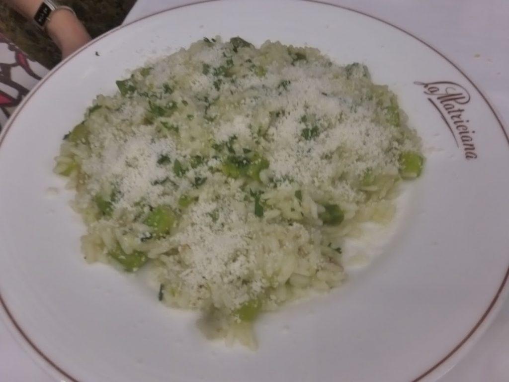 O risotto de aspargos verdes saboreado pela minha esposa, que o aprovou