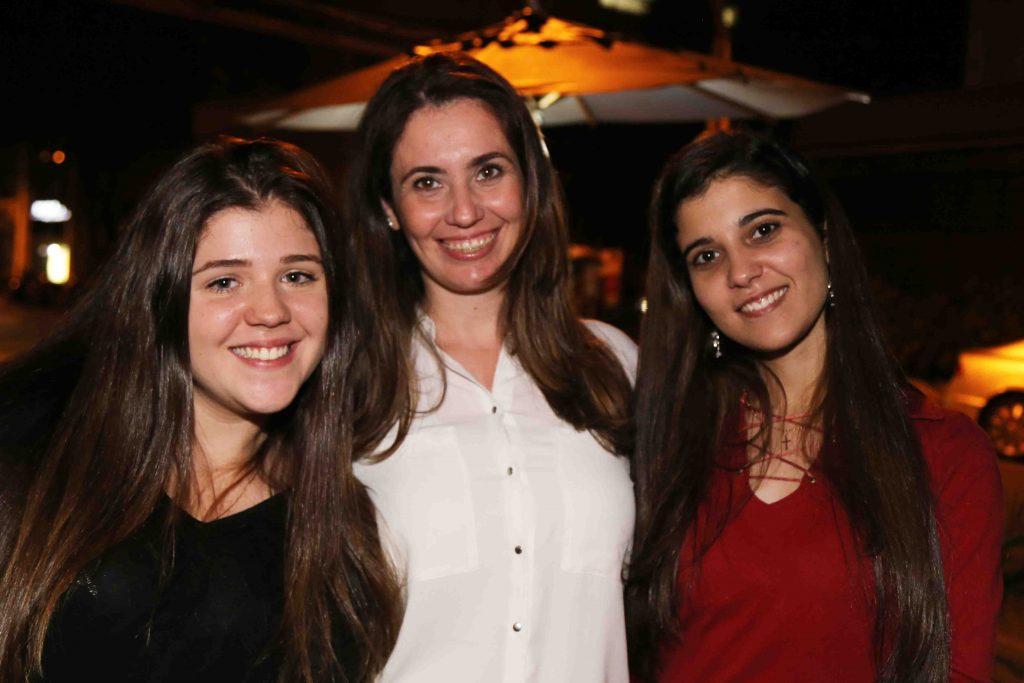 Giulia, Alessandra Navarro, da Tartuferia San Paolo, e Andressa Alves, da Hatsur Comunicação
