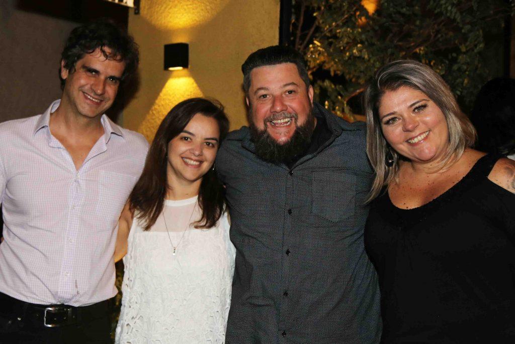 Guilhermo Benitez, da Engaje Comunicação, Fernada Grilo, da Revista Poder, Palumbo e Cristiane Fernandes Palumbo, da Hatsur Comunicação