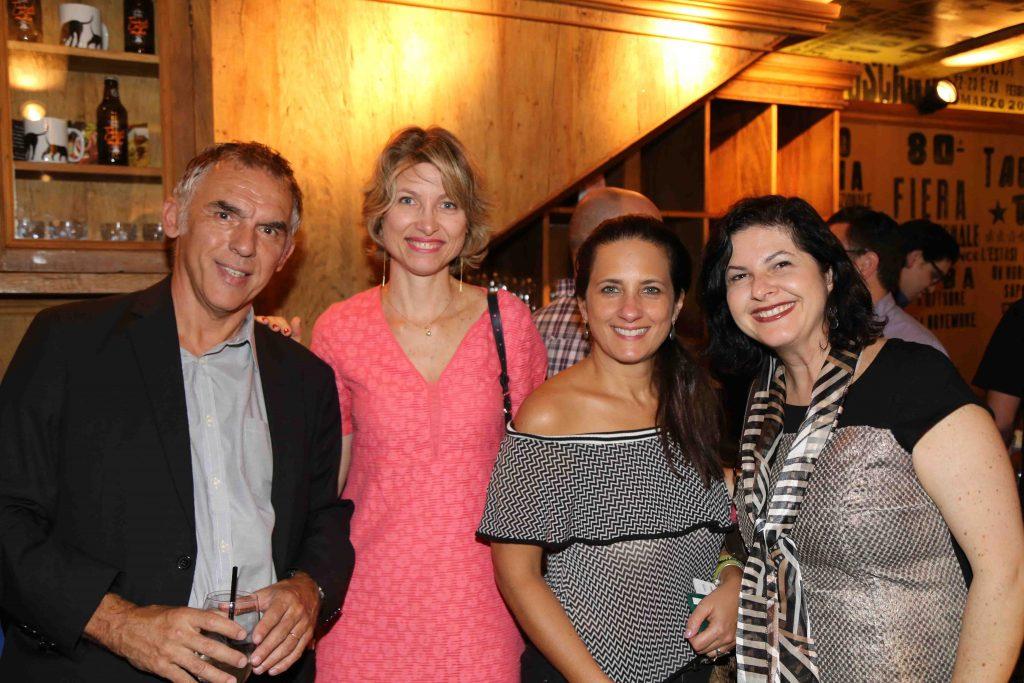 Gilles Chatton, da Paris Texas, Caroline, Gisela Martins Perez, da River Global, e Mirella