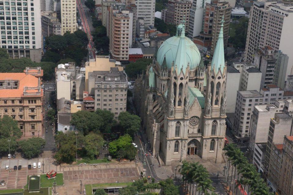 A Catedral da Sé vista do helicóptero (fotos divulgação Josué Soares dos Santos)
