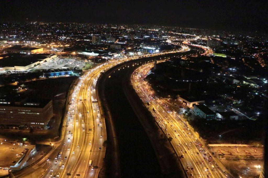 As avenidas Marginal do Tietê