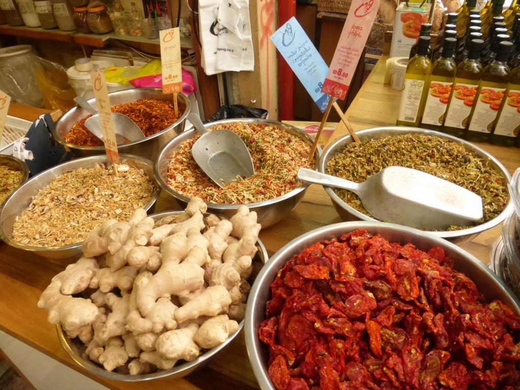 Especiarias, gengibre e tomate seco