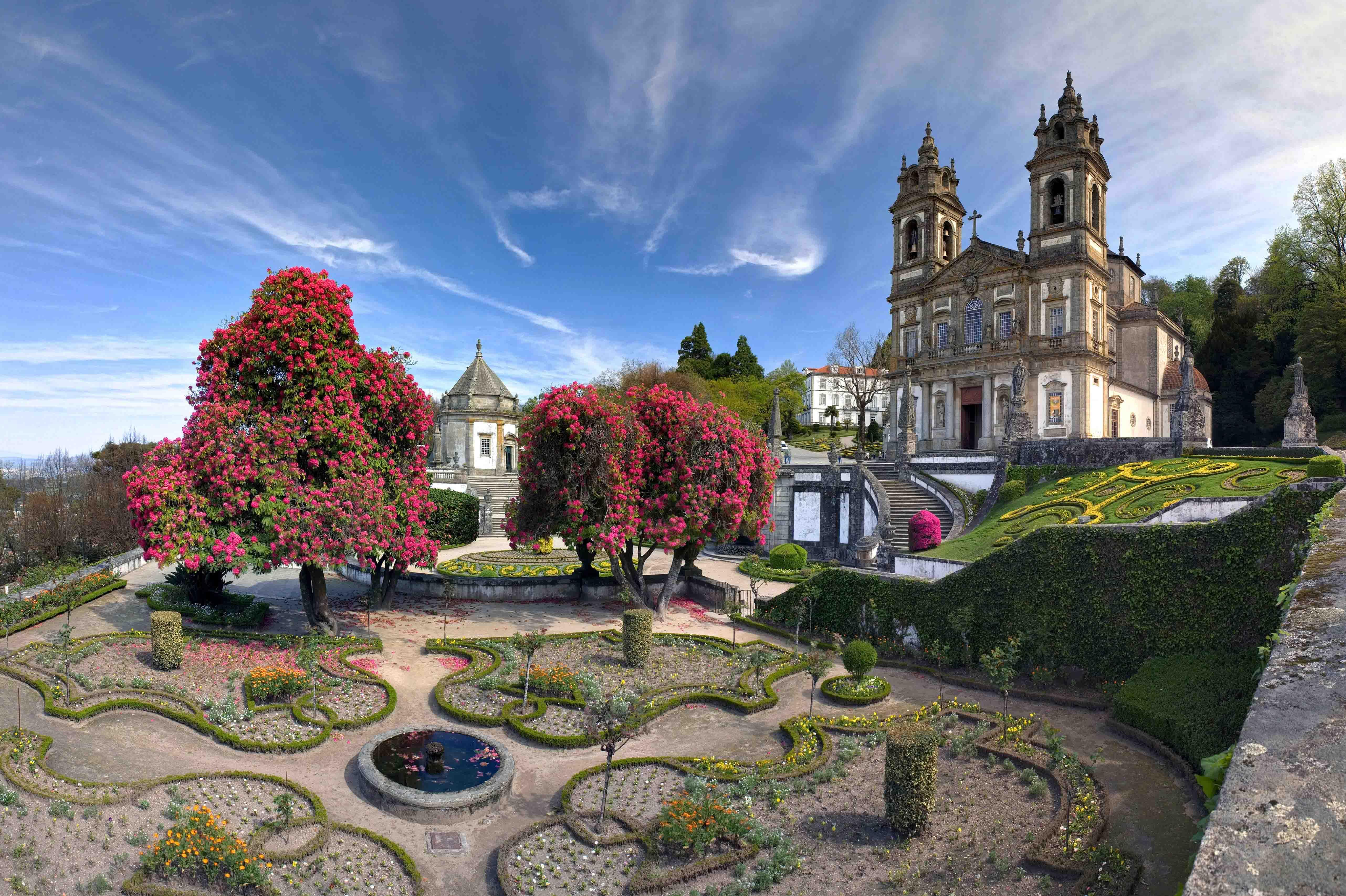 Santuário de Bom Jesus do Monte, em Braga - (Foto: Marchello/shutterstock.com)