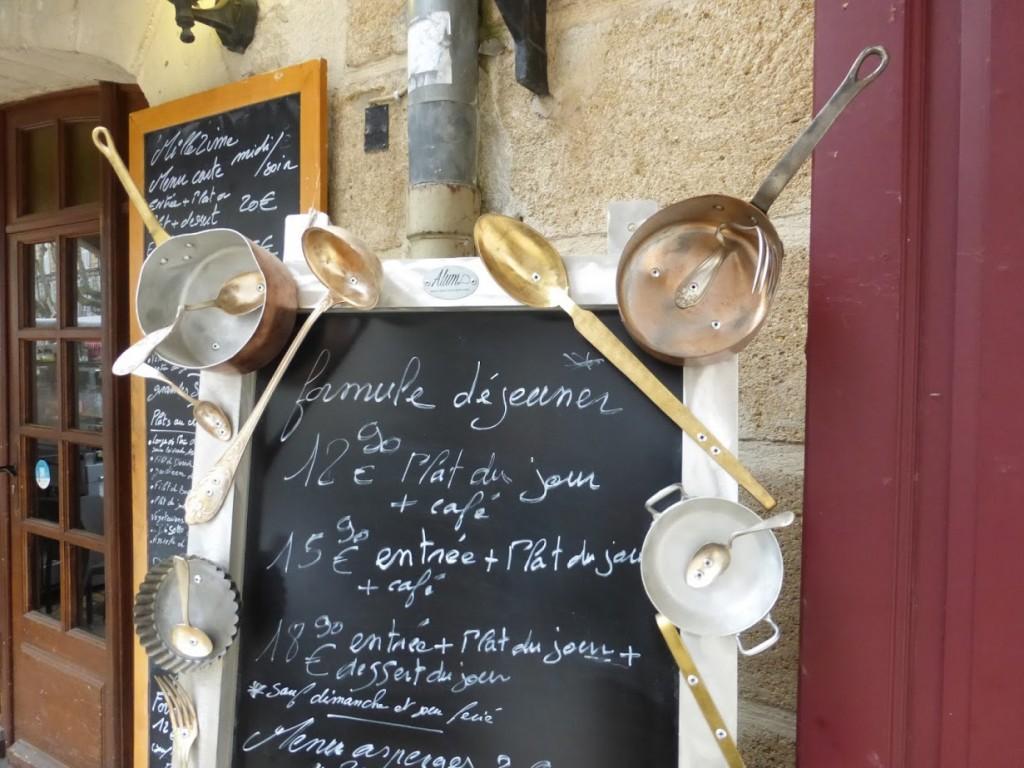 Cardápio de restaurante na cidade: criatividade para chamar a atenção dos turistas