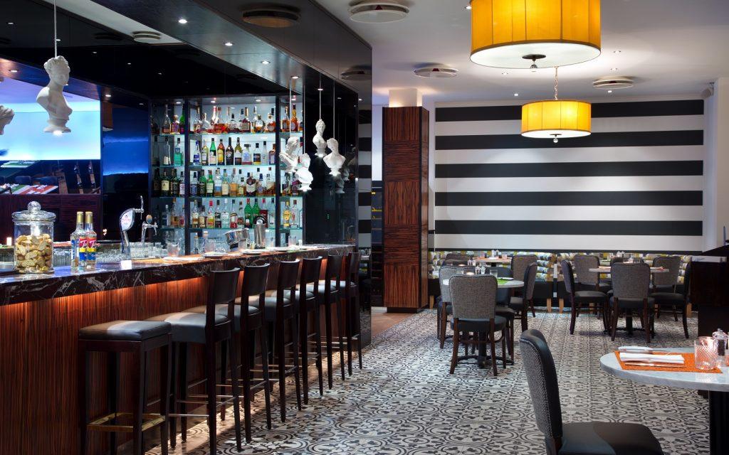 Interior do restaurante Borsalino