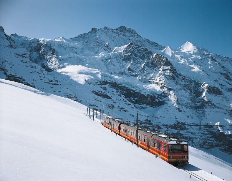 Diversão garantida sobre os trilhos da Jungfrau Railways (fotos Divulgação)