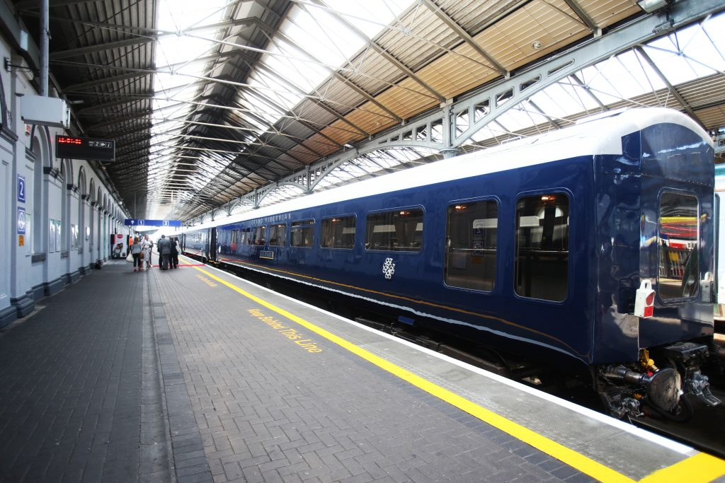 O Belmond Grand Hibernian na Heuston Station