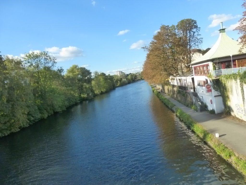 O lindo rio Ruhr: limpinho